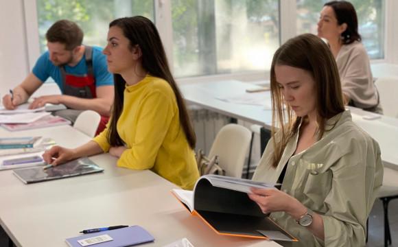 Приветствуем смелых начинающих дизайнеров курса летнего интенсива в рядах IDS-Петербург!